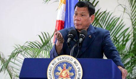 Duterte: My dung doi xu Philippines 'nhu cho bi xich' - Anh 2