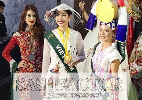 Nam Em doat giai Hoa hau Anh tai Miss Earth - Anh 1