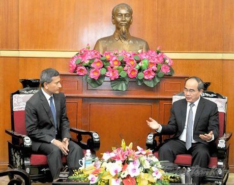 Chu tich Nguyen Thien Nhan tiep Bo truong Ngoai giao Singapore - Anh 2