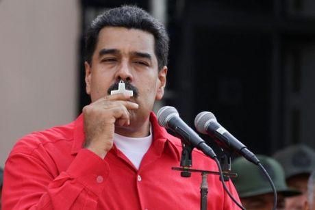 Quoc hoi Venezuela van tien hanh bo phieu nham buoc toi Tong thong Maduro - Anh 1
