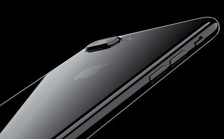 iPhone 7 Plus cai thien tinh nang selfie nho iOS 10.1 - Anh 1