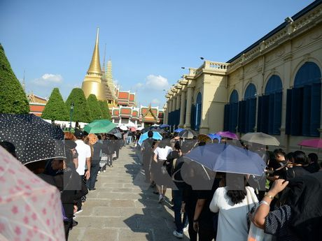 Thai Lan yeu cau Campuchia dan do 3 nguoi phi bang hoang gia - Anh 1