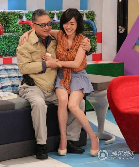 'Het hon' voi nu MC chuyen 'sam so' khach moi - Anh 13