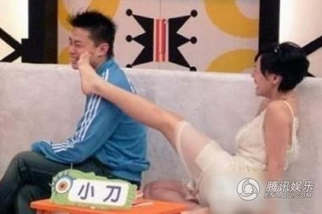 'Het hon' voi nu MC chuyen 'sam so' khach moi - Anh 5