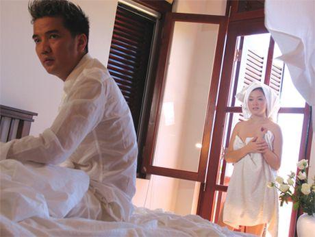 Xem MV cua Khac Viet, Huong Giang Idol, Mr. Dam ngo xem phim 18+ - Anh 4