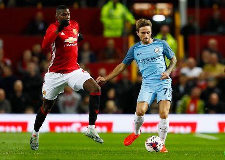 5 diem nhan sau tran derby Manchester - Anh 1