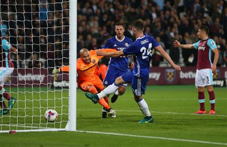 Ngay Terry tro lai, Chelsea 'bat' khoi League Cup - Anh 7