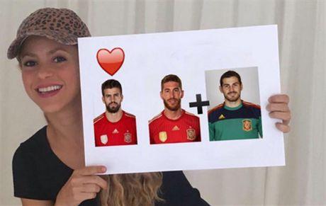 Shakira khoe video nhac moi voi su gop mat cua Pique - Anh 1
