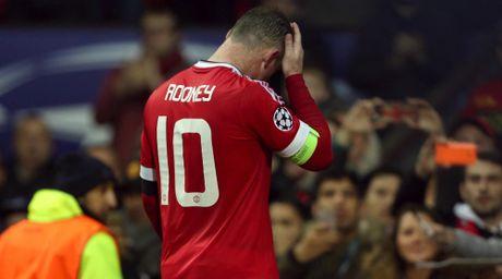 Rooney la nan nhan cua truyen thong loai bo cong than cua M.U? - Anh 1