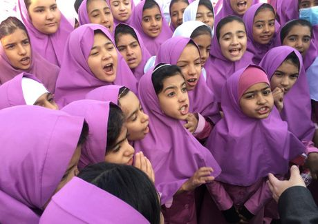 Chum anh cuoc song cua nguoi ti nan Afghanistan o Iran - Anh 1