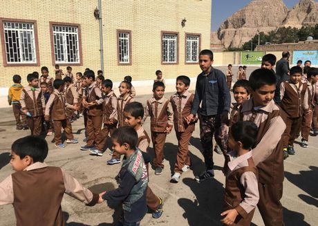 Chum anh cuoc song cua nguoi ti nan Afghanistan o Iran - Anh 6