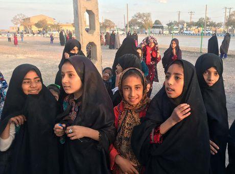 Chum anh cuoc song cua nguoi ti nan Afghanistan o Iran - Anh 9