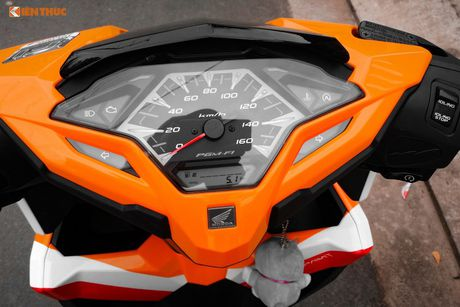 Honda Click 125i 'sieu dep' trong dan tem dau Repsol - Anh 4