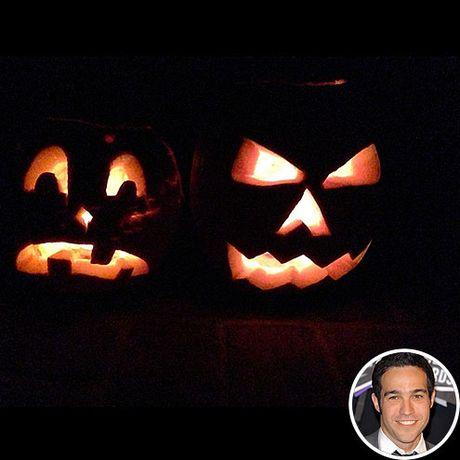 Sao Hollywood trang tri nha Halloween sieu kinh di - Anh 5