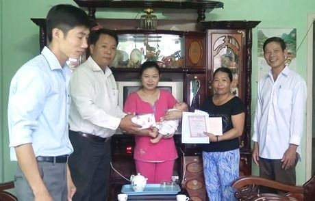 Xay dung nen hanh chinh vi dan phuc vu - Anh 1