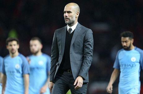 Man City 6 tran khong thang, cu soc cho Guardiola - Anh 1