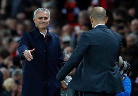 Mourinho bat ngo than mat voi Guardiola - Anh 2