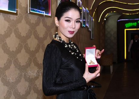 Le Quyen dau gia day chuyen mat Phat lam tu thien - Anh 2