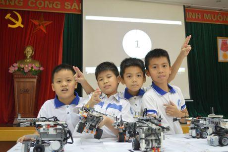 Hon 500 hoc sinh tham gia ngay hoi Robothon - Anh 1