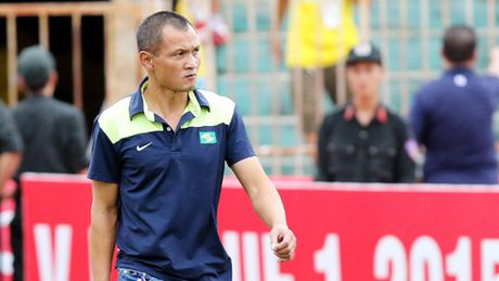 SLNA chap nhan cho ong Ngo Quang Truong thoi chuc HLV truong - Anh 1