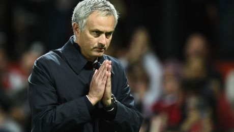 Mourinho ca ngoi Herrera va Rojo, Guardiola the khong thay doi loi choi - Anh 4