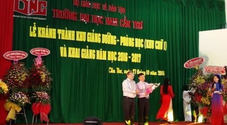 Truong DH Nam Can Tho duoc dao tao them 2 nganh moi he chinh quy - Anh 1