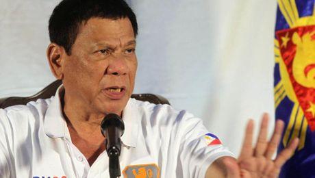 Ong Duterte muon My rut quan khoi Philippines trong 2 nam - Anh 1