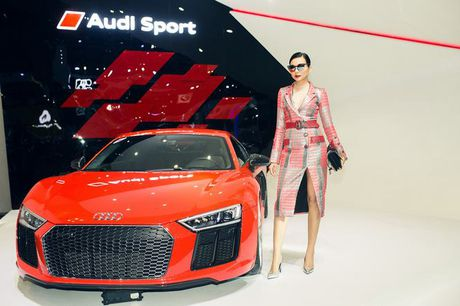Nhieu sao showbiz Viet hoi ngo tai gian hang Audi o VIMS 2016 - Anh 10
