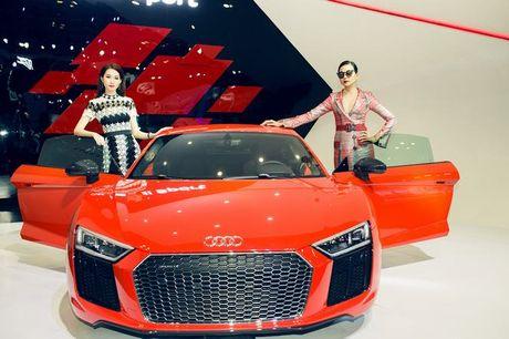Nhieu sao showbiz Viet hoi ngo tai gian hang Audi o VIMS 2016 - Anh 15