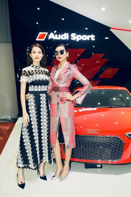 Nhieu sao showbiz Viet hoi ngo tai gian hang Audi o VIMS 2016 - Anh 16