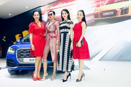 Nhieu sao showbiz Viet hoi ngo tai gian hang Audi o VIMS 2016 - Anh 2