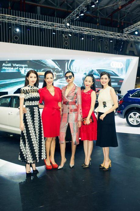 Nhieu sao showbiz Viet hoi ngo tai gian hang Audi o VIMS 2016 - Anh 4