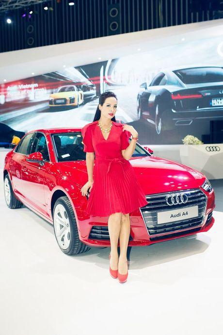Nhieu sao showbiz Viet hoi ngo tai gian hang Audi o VIMS 2016 - Anh 5