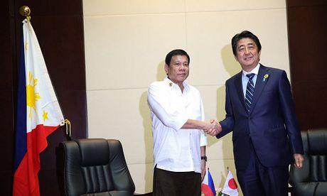 Trai tham do don Duterte, Nhat cuu van lien minh My - Philippines - Anh 1
