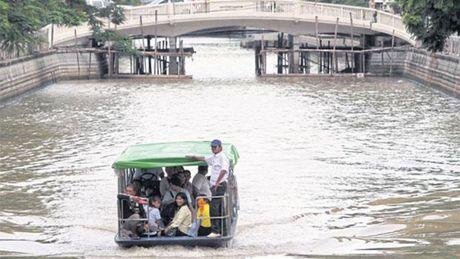 Bangkok doc toan luc 'xoa ket xe trong mot thang' - Anh 3