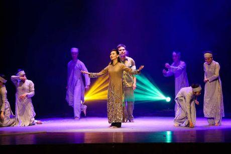 Vo kich Giac Mo: Thanh duong san khau - Su the nghiem va cai 'dien' cua nguoi lam nghe thuat - Anh 6