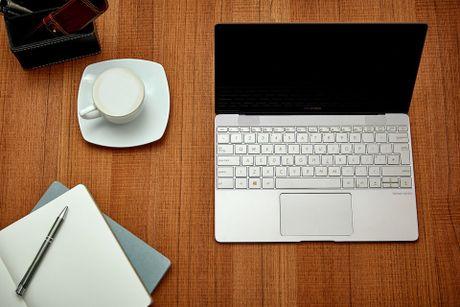 ZenBook 3 bat ngo xuat hien tai Viet Nam - Anh 1