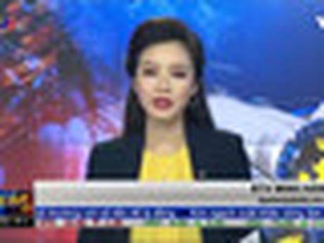Phien chieu 27/10: Ong Trinh Van Quyet chinh thuc thanh ty phu USD thu hai tren san chung khoan - Anh 2