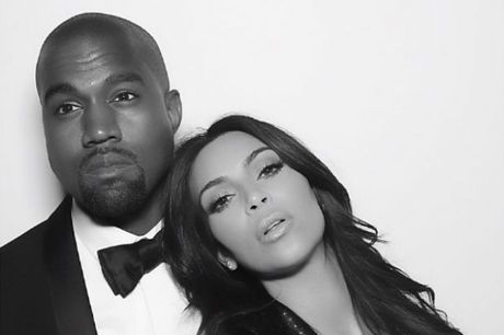 Kim Kardashian lang le den ung ho dem dien cua chong sau vu cuop - Anh 3