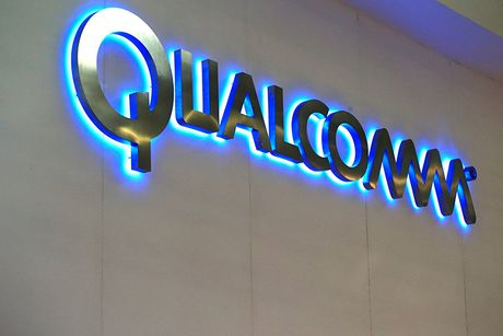 Qualcomm bo 47 ty USD mua lai NXP, tao vu thau tom ky luc trong nganh ban dan - Anh 1
