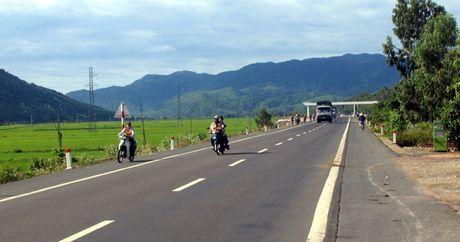 Quang Ngai: Bat dau thi cong nang cap, mo rong QL1A doan tu Km 1027-Km1045+780 - Anh 1