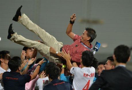 U19 Viet Nam - U19 Nhat Ban: Thach thuc cuc dai voi cac chan sut U19 Viet Nam - Anh 1
