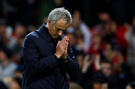 Mourinho noi gi sau khi Man United thang Man City 1-0 o Cup Lien doan? - Anh 2