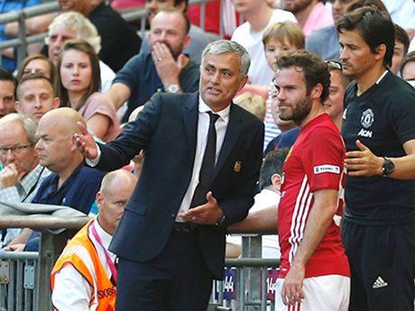 Voi Man United, Juan Mata gio la 'nguoi dac biet' - Anh 1