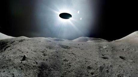NASA giau chuyen nguoi ngoai hanh tinh: Keo ngot cua ba Hillary - Anh 1