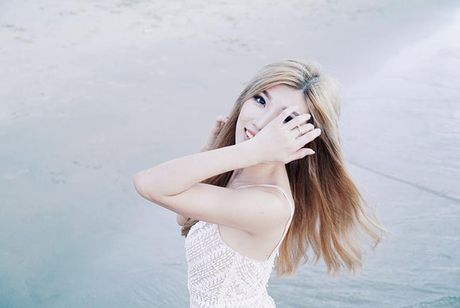 Eo thon hut mat cua hot girl 'Nhat ky Vang Anh' - Anh 10