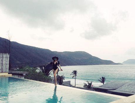 Eo thon hut mat cua hot girl 'Nhat ky Vang Anh' - Anh 14