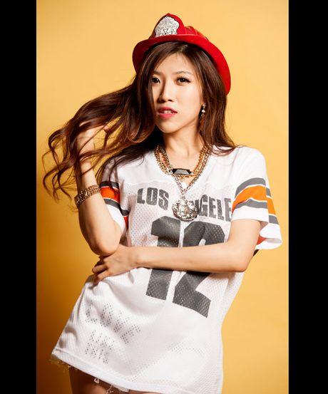 Eo thon hut mat cua hot girl 'Nhat ky Vang Anh' - Anh 15