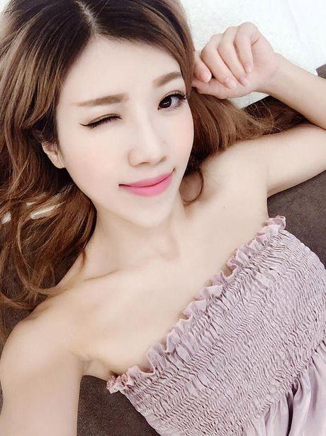 Eo thon hut mat cua hot girl 'Nhat ky Vang Anh' - Anh 17