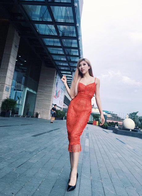 Eo thon hut mat cua hot girl 'Nhat ky Vang Anh' - Anh 18